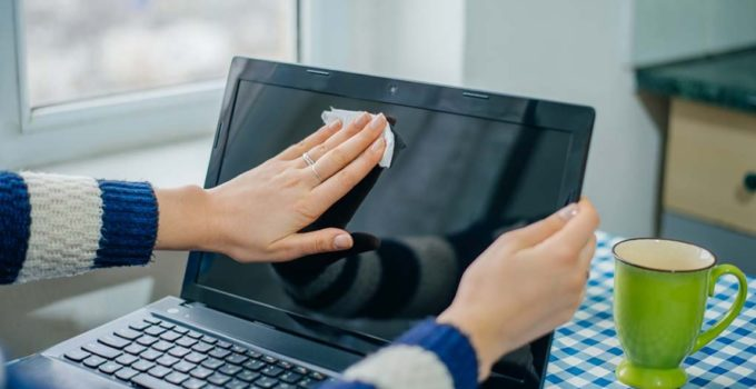 How To Clean Your Laptop Screen?